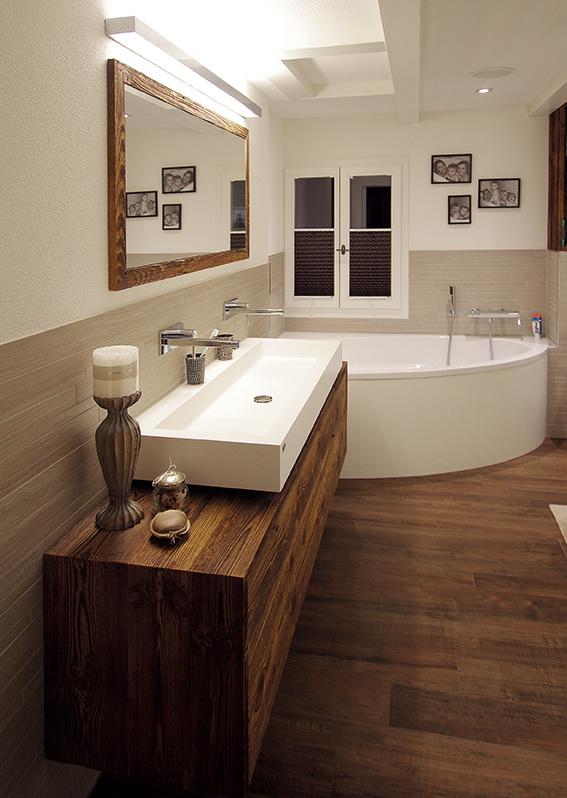 Waschtische und Duschen VARICOR